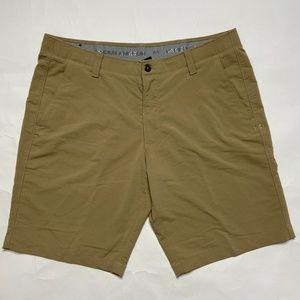 Under armour Mens size 40 Heat Gear Golf Shorts